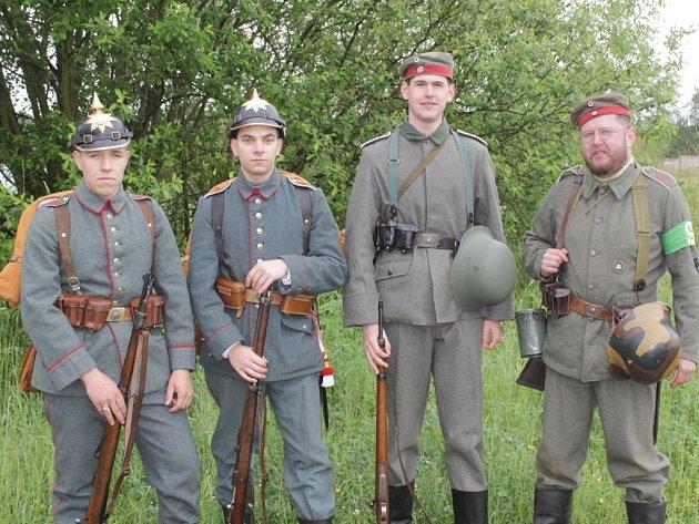 Martin Nešetřil (zcela vlevo) se svému koníčku věnuje už od svých 11 let.