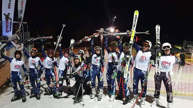 Skiteam v plné sestavě.