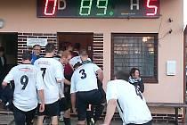 Po derby v Kondraci šli miřetičtí hráči s radostí do své kabiny.