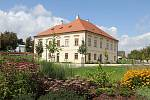Výstavní program na rok 2018 i doprovodní programy pro letošní rok představila ve čtvrtek Galerie Středočeského kraje v Kutné Hoře – GASK. Na snímku štábní dům v zahradách GASK.