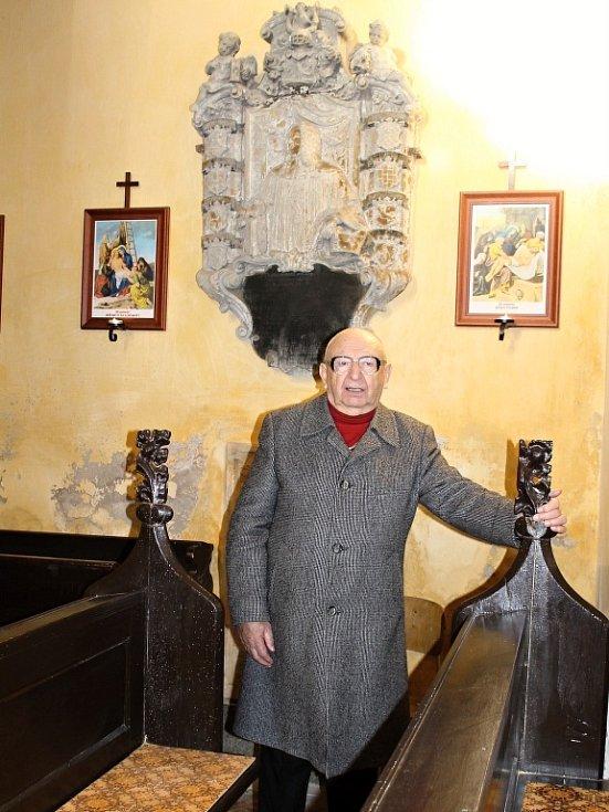 Václav VII. Josef Potůček, hlavní strůjce obnovy kostela sv. Jakuba a Filipa na Chvojně.