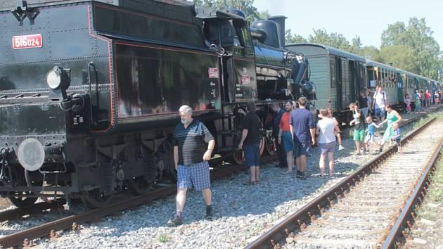 Oslavy 120. výročí provozu tratě Benešov - Vlašim.