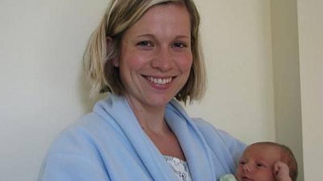 V úterý 21. června ve 14.25 se benešovské porodnici narodila  mamince Lence a tatínkovi Martinovi jejich prvorozená dcera Nela Pavlíčková z Vlašimi. Její váha při příchodu na tento svět byla 3,20 kilogramu.