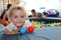 Z pravidelných setkávání dětí ve školičce mateřského centra Hvězdička v Benešově.