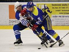 Hokejové derby Vlašim - Benešov 4:3.