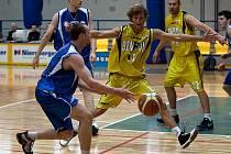 Benešovští prvoligoví basketbalisté v prvním zápase sezony porazili Vyšehrad.
