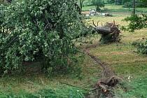 Tornádo na Benešovsku 31. 5. 2001.