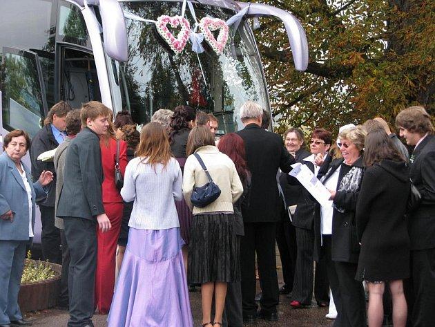 Lenka a Miloš Husmanovi z Dlouhého Pole.