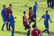 Zákrok, po kterém se pískala v Nespekách penalta, ukazuje, že rozhodčí chybu neudělal.