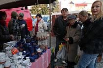 Farmářské trhy v Benešově 12. listopadu 2011.