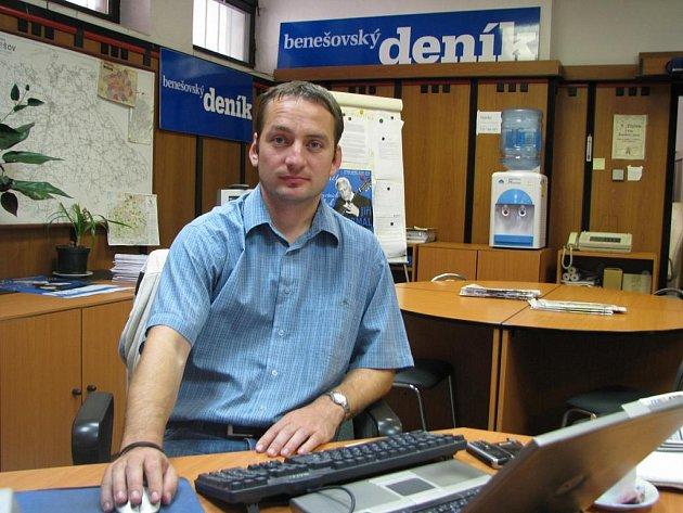 Host on-line rozhovoru byl nadporučík Jan Záklasník, komisař a vedoucí oddělení hospodářské kriminality PČR Benešov.