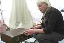 Dříve se na dovolené cestovalo s papírovými kufry, a když k moři, tak do Bulharska.