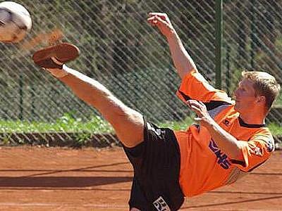 Jiří Holub byl vyhlášen nejlepším extraligovým hráčem měsíce dubna. Na utkání ve Břvích však nebude vzpomínat v dobrém.