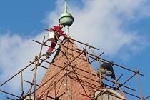 Oprava věže kostela vlašimského Husova sboru.