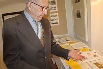 Kronikář Jaromír Vlček připravil výstavu dokumentů Trhového Štěpánova, která ve Spolkovém domě a Muzeu Štěpánovska potrvá do soboty 28. února.