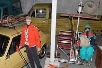 Při příležitosti zahájení páté výstavní sezóny Retrouatomuzea Strnadice zorganizovali Retroautomuzeum a Obvodní Oddělení Veřejné BezpečnostiStrnadice 20. dubna pátý ročník srazu poválečných vozidel.