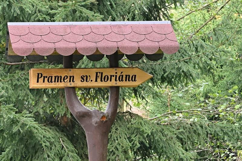 Pramen svého patrona sv. Floriána opravili hasiči