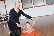 Jana Havlatová kromě balneodance vede v Benešově kroužky baletu.