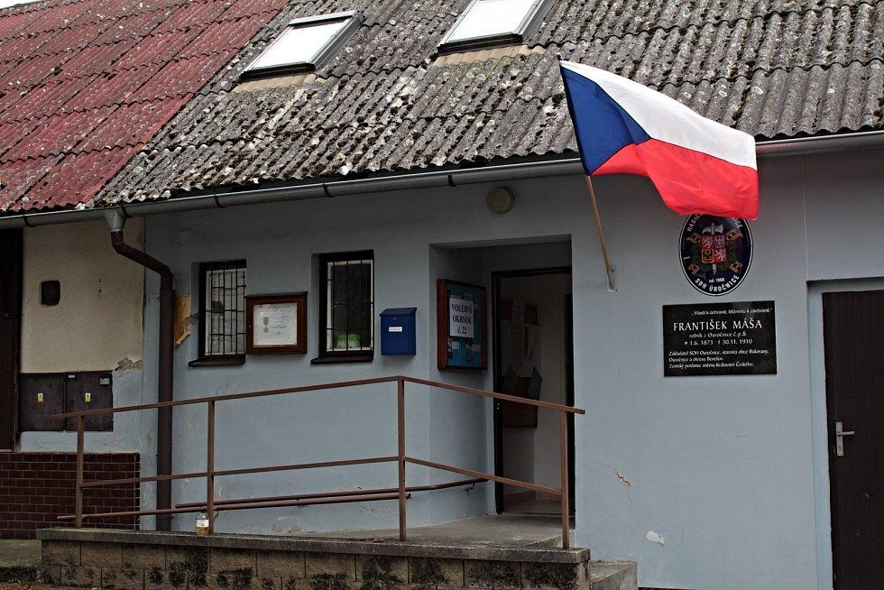 Volby do krajského zastupitelstva v Úročnici.