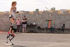 Chotýšanské slavnosti zahájili po šesté v místním fotbalovém areálu.