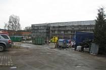 Sběrný dvůr v areálu benešovských technických služeb by měl být po rekonstrukci otevřený v létě i o víkendech