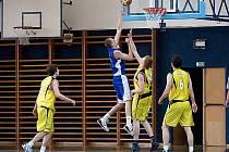 Basketbalisté Benešova si s oslabeným béčkem Prostějova s chutí zatrénovali.