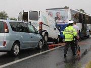 Dopravní nehoda u Tužinky nedaleko Benešova na silnici E55.
