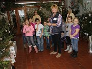 I postupické děti si přijely prohlédnout výstavu Kouzlo Vánoc.