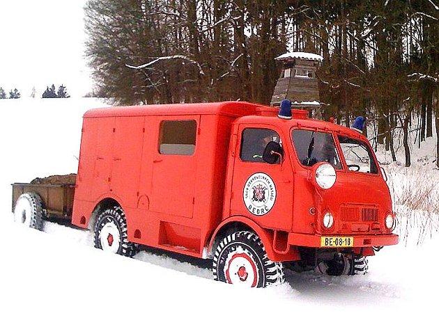 Letitá Tatřička zdolávala sněhové návěje.