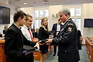 Z předávání ocenění dobrovolným hasičům za úspěchy v požárním sportu.