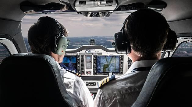 Výcvik na leteckém simulátoru Letecké školy F air v Nesvačilech na Letišti Benešov. Foto: archiv F air