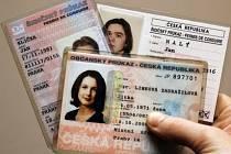 Ilustrační foto: Konec platnosti starého řidičského a občanského průkazu