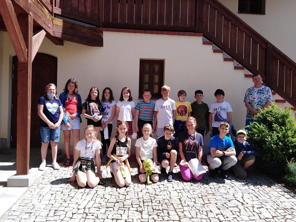 Pohádkové putování žáků základní školy Trhový Štěpánov po Muzeu Štěpánovska.