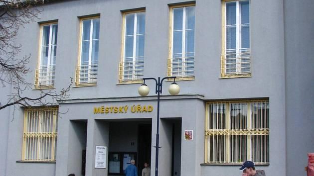 Městský úřad Benešov, budova B, někdejší Komerční banka.
