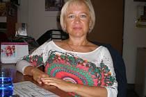 Šárka Zemanová zorganizovala uklízení silničních příkopů.