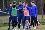 V Úročnici na Benešovsku se FC Baník Ostrava připravoval na zápas proti pražské Slavii. V hledišti se na hvězdy jako Baroš, Fillo, Laštůvka či Stronati přišlo podívat spousta diváků.