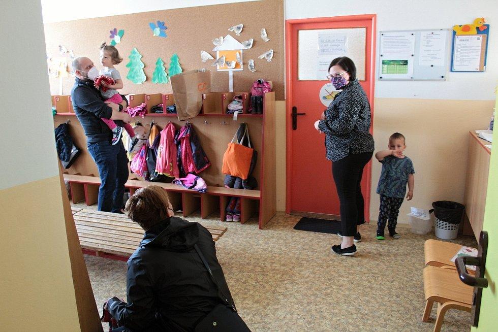 V Mateřské škole U Kohoutka Sedmipírka v Benešově.