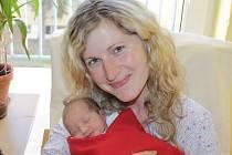 Malá Valentýna se narodila 5. února v 10.52. Sestřičky v porodnici jí navážily 3,30 kilogramu a naměřily 50 centimetrů. Radost z prvorozené holčičky mají rodiče Monika a Jakub Nakládalovi z Neveklova.