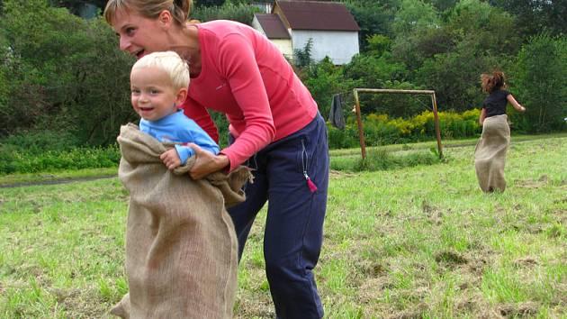Den dětí na zakončení prázdnin na hasičském cvičišti.