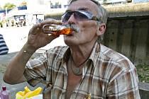 Od soboty 10. října letošního roku je v Choceradech zákaz pití alkoholu na veřejném prostranství.