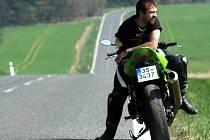 Oficiální fotografii setkání vymyslel a také realizoval restaurátor, fotograf, ale také motorkář a organizátor kladrubské akce