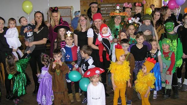 Z magického karnevalu v Tatouňovicích.