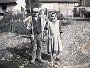 Ochotníci ze Zbraslavic v kulturním domě v Petrovicích II, divadelní hra Lucerna.