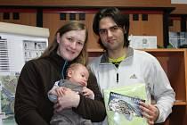Říjnový vítěz soutěže o nejsympatičtější miminko dorazil do redakce Deníku společně s oběma rodiči.