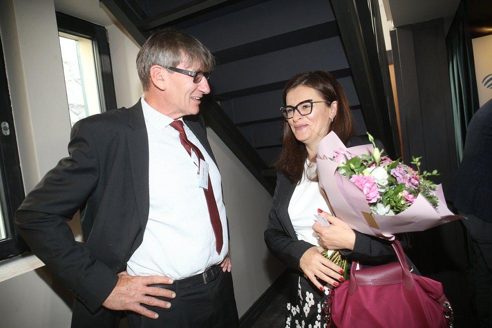 Ze setkání s hejtmankou Středočeského kraje Jaroslavou Pokornou Jermanovou na Občanské plovárně v Praze.