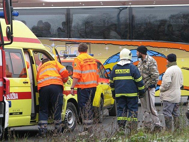 Nehoda částečně blokovala provoz na I/3.