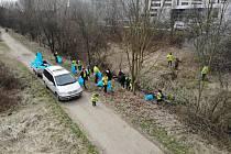 Jarní úklid v rámci akce Ukliďme Česko od Bedrče po Benešov.