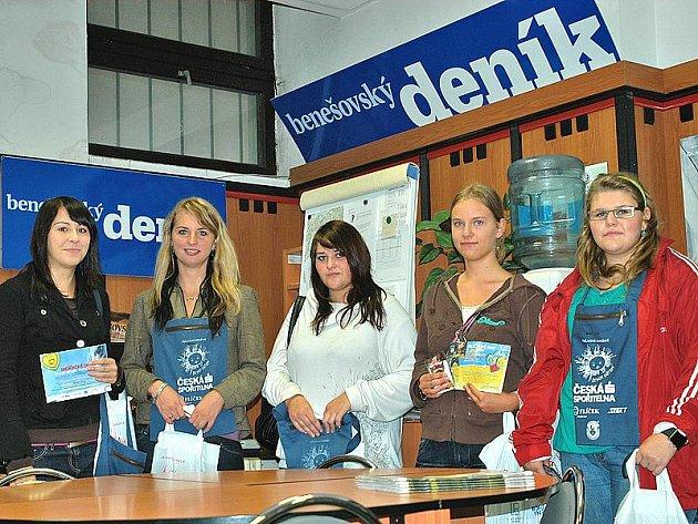 Studentky Střední školy cestovního ruchu dorazily i do redakce Benešovského deníku.
