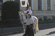 Svatý Václav přijede v neděli do Votic s celou svou družinou.
