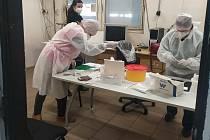 S povinným testováním zaměstnanců přicházejí na řadu i státní úřady a instituce.Ilustrační foto